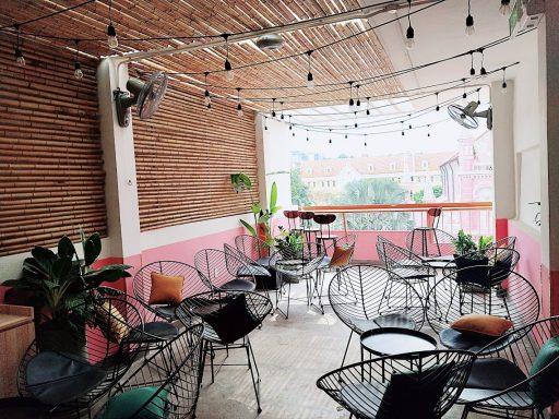 LENG ZAI CHA CHAANG TENG 4階