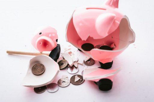お金なくなる 豚の貯金箱