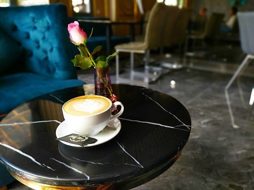 la rosa bostro hot latte