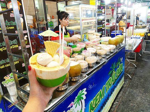 フーコックナイトマーケット ココナッツアイスクリーム
